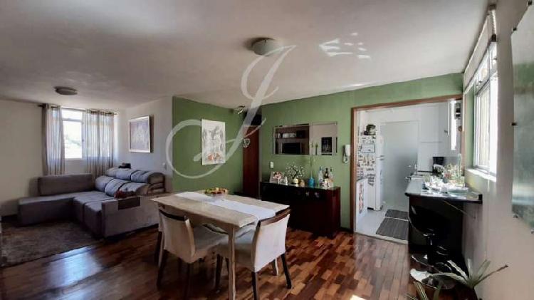 Apartamento semi mobiliado a venda no Bairro Água Verde em