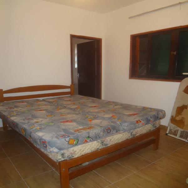 Casa 2 dormitórios a venda na Vila Guilhermina - Praia