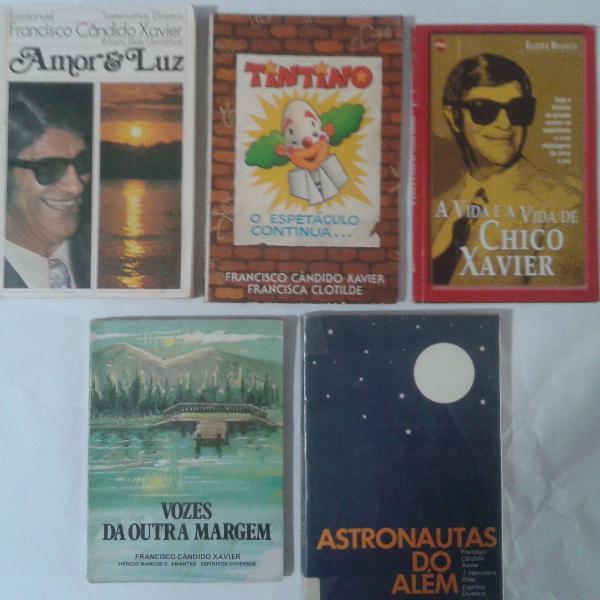 Lote com 5 Livros Espíritas de Chico Xavier