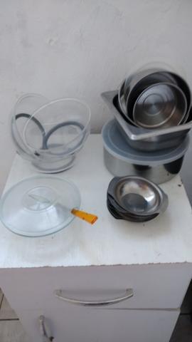 Vendo utensílios de cozinha