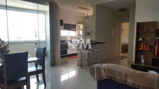 Apartamento 02 quartos com ar _ Rua 242 _ Meia Praia