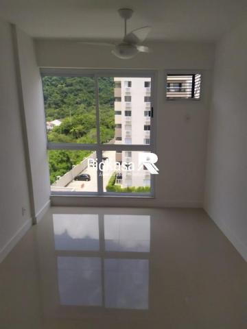 Apartamento - RECREIO DOS BANDEIRANTES - R$ 1.700,00