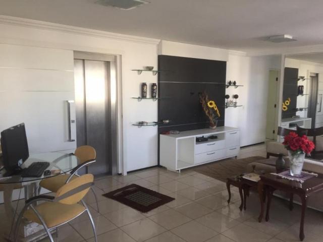 Apartamento com 4 suítes à venda, 335 m² por R$ 690.000 -