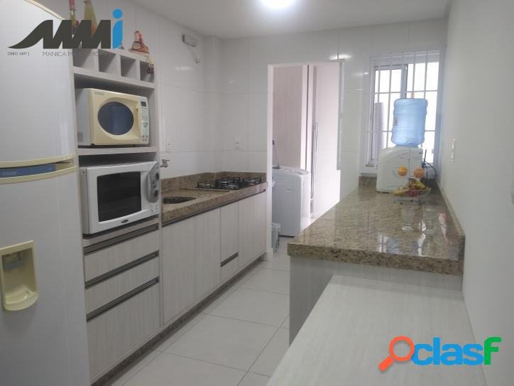 Apartamento semi mobiliado 2 dormitórios na Meia Praia