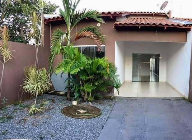 Casa com 2Q com suite Cidade Satélite São Luiz