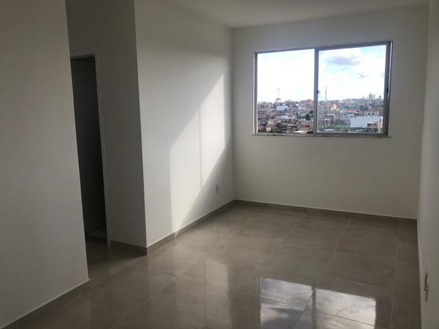 Apartamento 2/4 Trobogy Paralela TOTALMENTE REFORMADO. FINO
