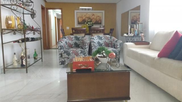 Jaraguá, belo apartamento 4 quartos, 2 suítes, 3 vagas,