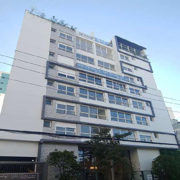 Apartamento 03 dormitórios com vaga de garagem no Passo da