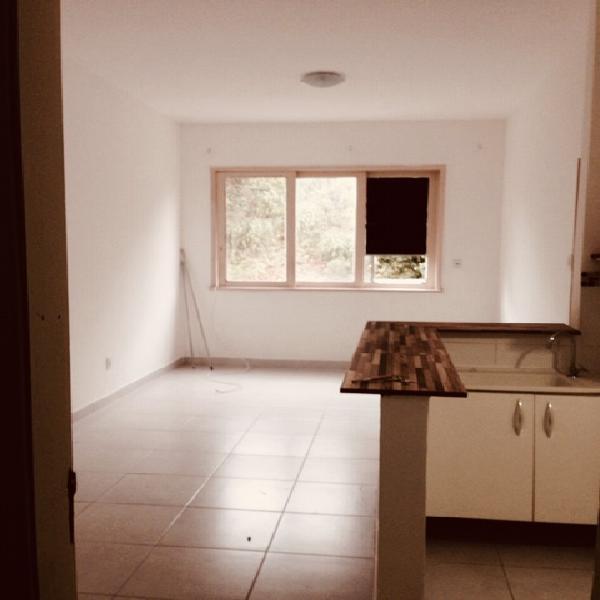 Apartamento para aluguel possui 25 metros quadrados com 1