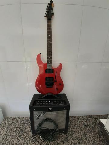 Guitarra Peavey Predator V2 + Cubo Fender Mustang 1