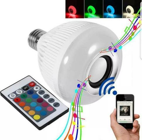 Lâmpada LED Musical C/ Bluetooth e Controle Remoto