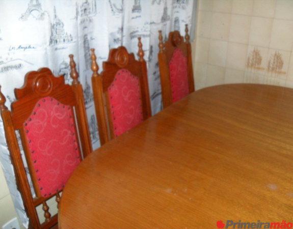 Mesa oval 6 cadeiras em cerejeira maciça