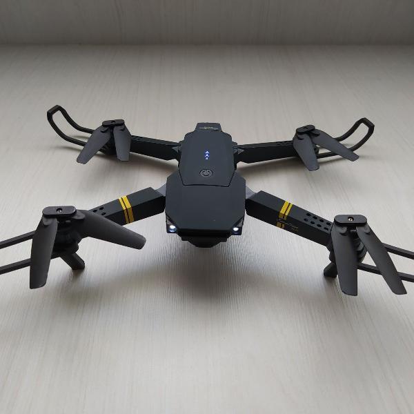 drone com câmera 720p e com 3 baterias