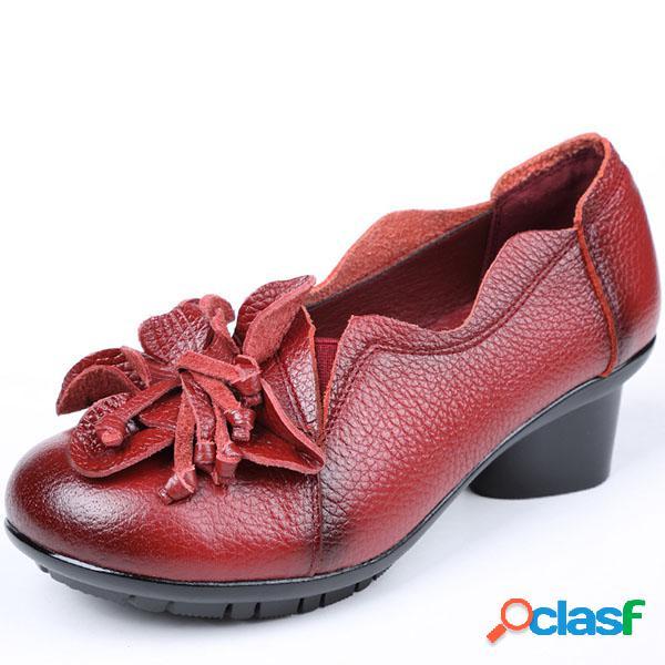 SOCOFY Sapato com decoração de flor Cor Pura Salto médio