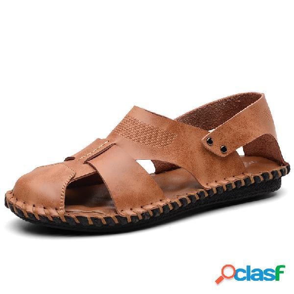 Sandálias Masculinas Costuradas a Mão de Couro de Dedo de