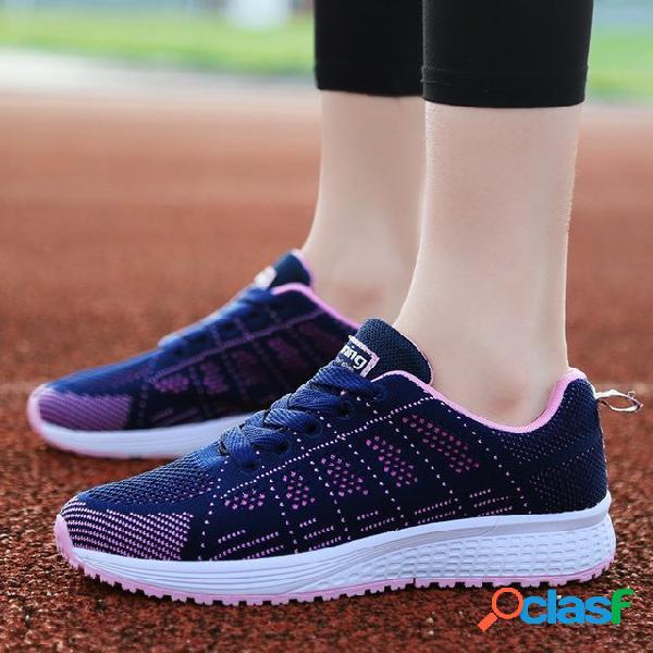 Temporada Esportes Sapatos Femininos Tecido Voador Tênis de