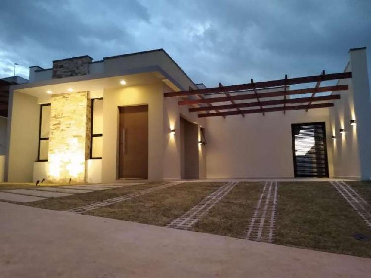 Casa térrea condomínio Ipês Engordadouro