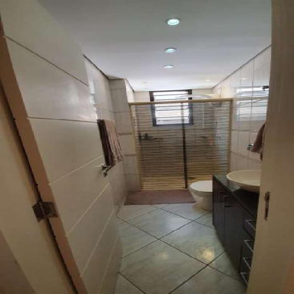 Apartamento com 2 dormitorios centro de Florianópolis SC