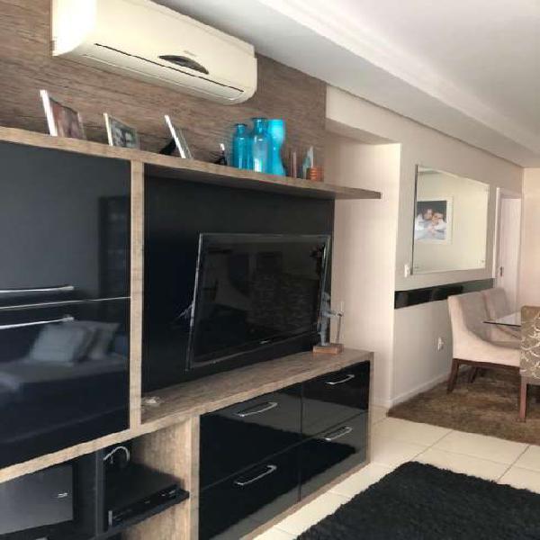 Apartamento mobiliado de 3 dormitórios com suíte no bairro
