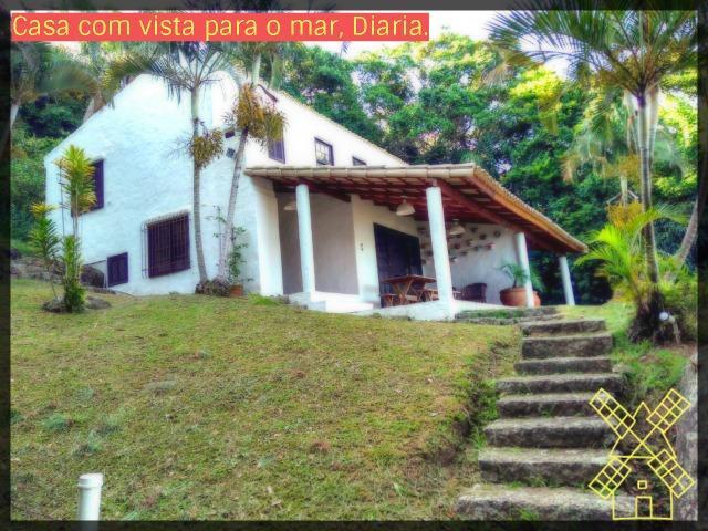 Casa diaria com vista para o mar na Lagoinha sendo 2 quartos