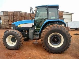 New Holland TM 7020 ano 2014