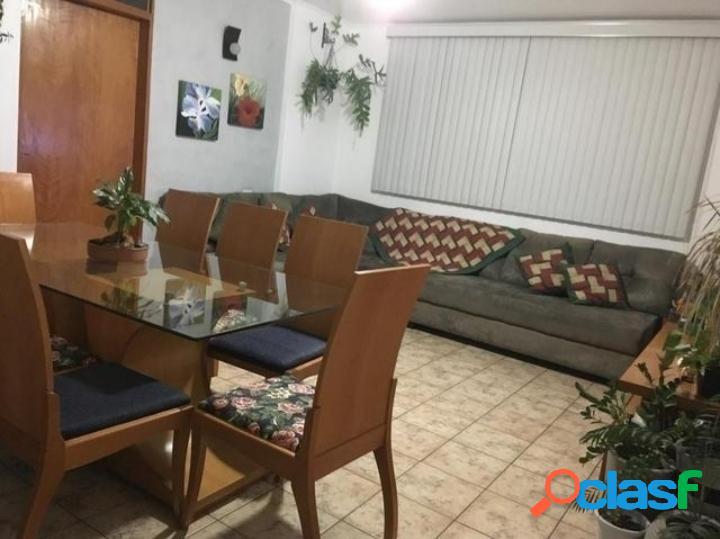 Apartamento na Vila Adyana com 3 dormitórios