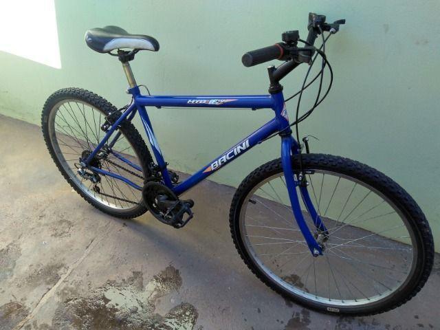 Bicicleta montain bike aro 26 18v