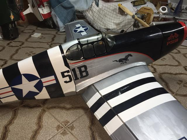 Aeromodelo P51B** Dle 50cc