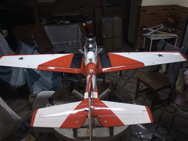 Aeromodelo Tucano fullcomposite. Estudo trocas