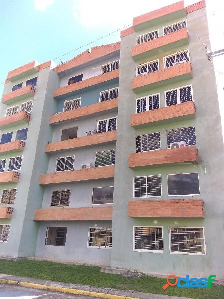 Venta De Apartamento 85m2 En San Diego, La Abadía