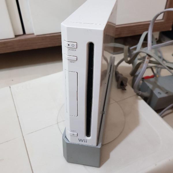 Nintendo Wii, com placa, controle, volante, jogos e raquete
