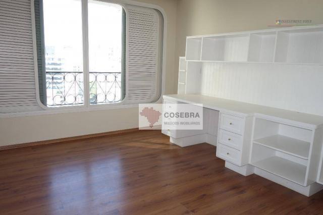 Apartamento com 3 dormitórios para alugar, 140 m² por R$