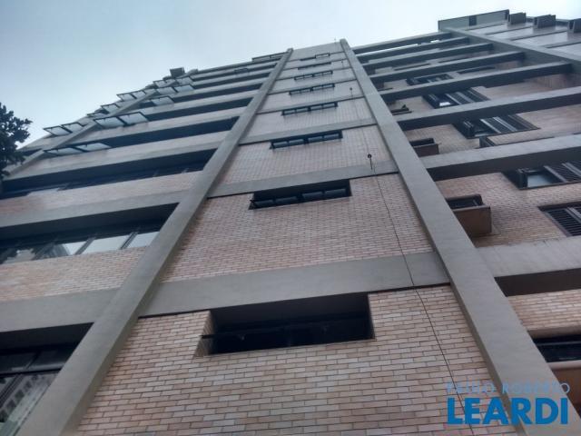 Apartamento para alugar com 4 dormitórios em Boqueirão,