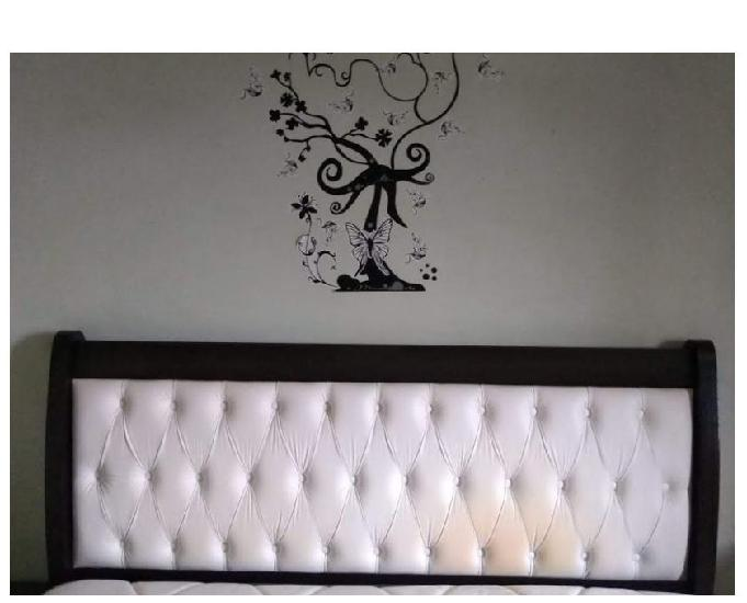 Conjunto cama box, tamanho Queen size, com cabeceira e colch