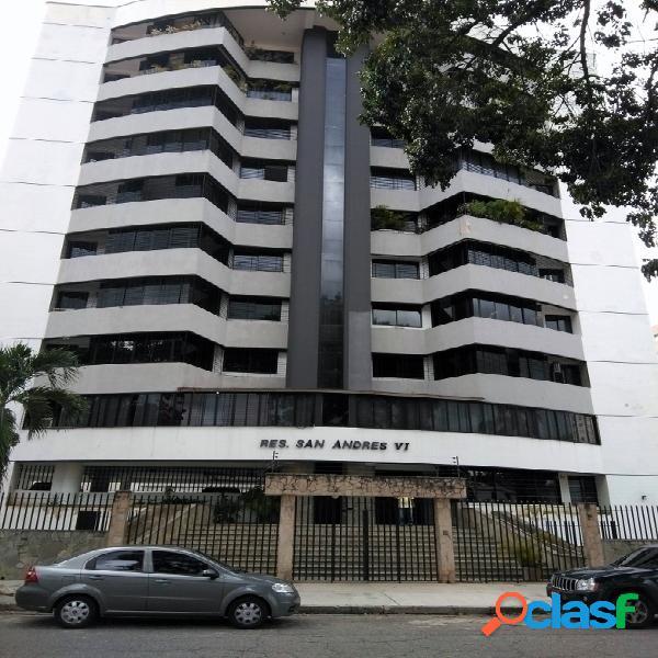 Apartamento DE 180 M2. PLANTA ELECTRICA Y POZO DE AGUA.