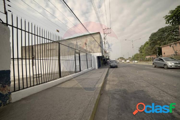 Local Comercial En Venta Av. Lisandro Alvarado Valencia 500
