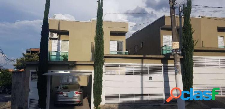 Sobrado com 3 Quartos à Venda, 150 m² por R$ 580.000 -