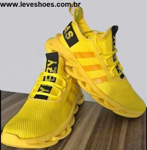Tênis Adidas Ultra Yeezy