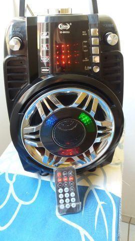 Caixa de Som AM/FM/USB/SD C/ Controle Remoto