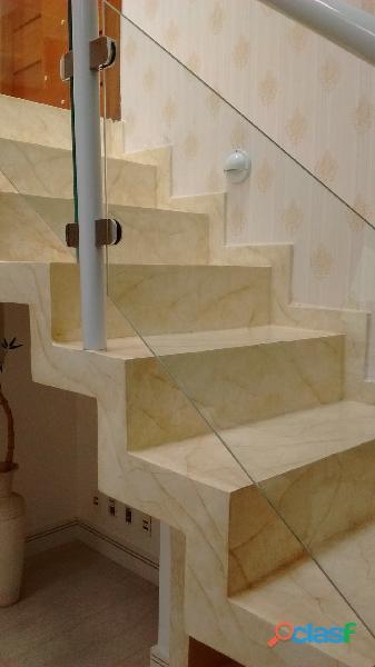 Curso de Pintura Marmorizada em Escadas.