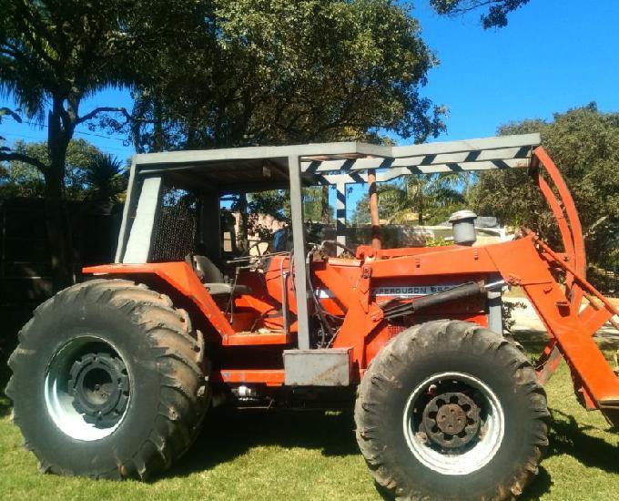 Trator Massey Ferguson 660,4x4
