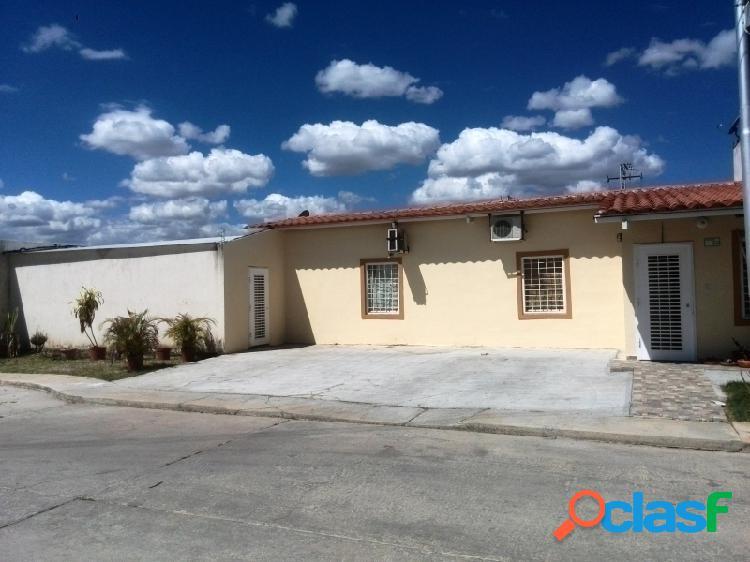 203M2 Moderna y Linda casa en Venta en Ciudad Alianza,
