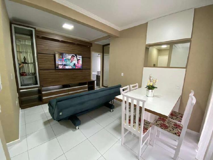 Apartamento 2 dormitórios quadra mar Itapema SC