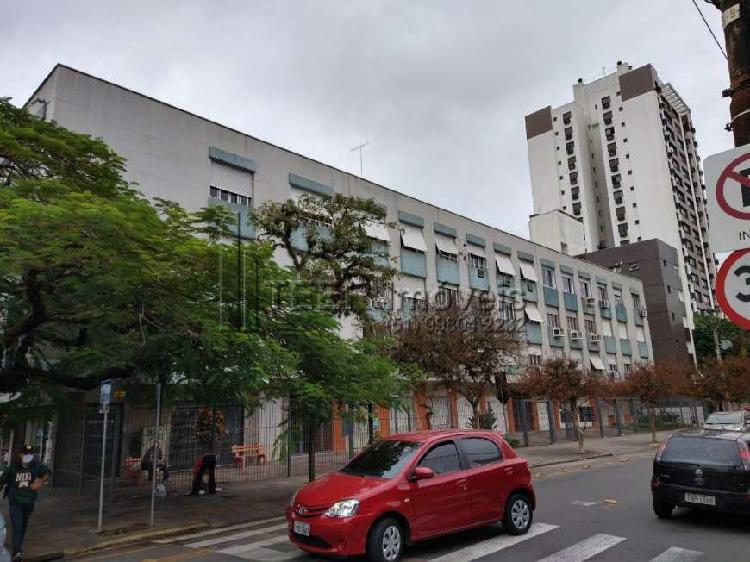 Apartamento à venda no bairro Menino Deus em Porto