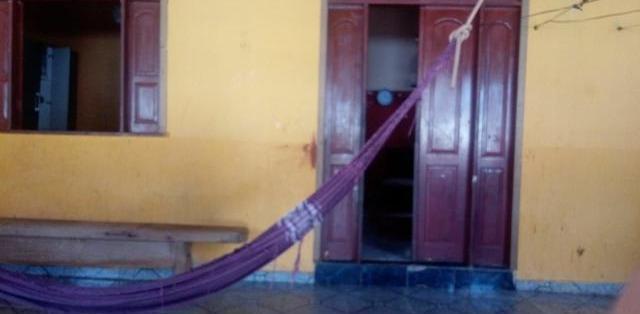 Casa grande 90.000 em Vitória, Rio Branco - MGF Imóveis