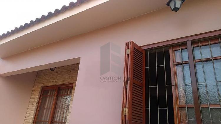 Casa à venda no Pinheiro Machado - Santa Maria, RS.