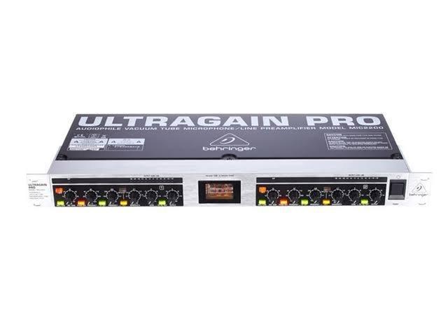 Pré Amplificador Behringer ultragain