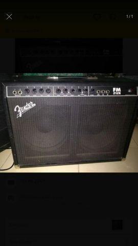 Vendo Amplificador Fender FM213r