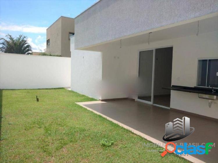 Ótima casa à venda no Condomínio San Marco, em Taubaté