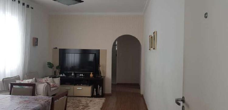 Apartamento de 03 Dormitórios,com vista de frente para a